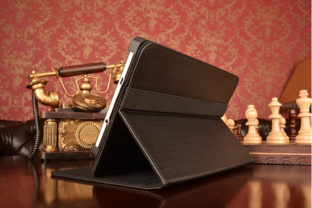 Чехол-обложка для планшета Acer Iconia Tab B1-750/B1-751 с регулируемой подставкой и креплением на уголки
