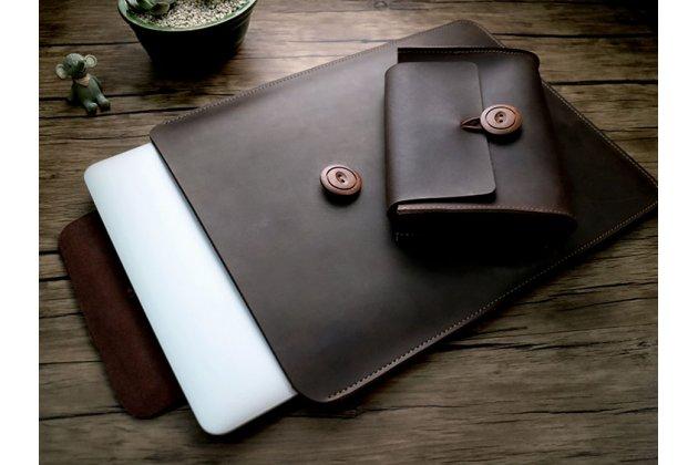 Фирменный оригинальный чехол-клатч-сумка с визитницей в комплекте с  чехлом для беспроводной мыши + коврик для мыши для Apple MacBook Air 13 Early 2015 ( MJVE2 / MJVG2) 13.3 / Apple MacBook Air 13 Early 2014( MD760 / MD761) 13.3 из качественной импортной